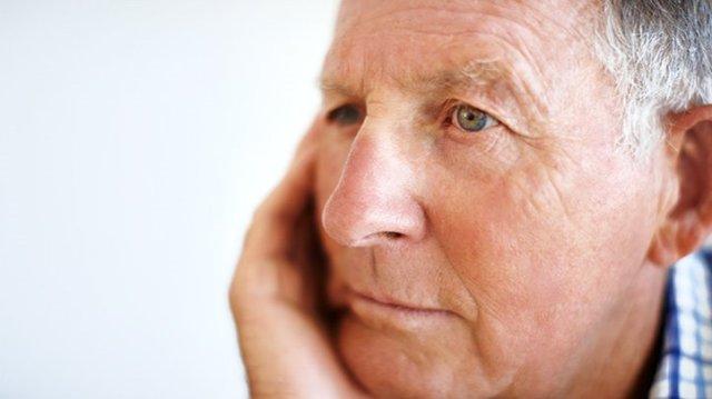 Parkinsons-disease-depressed-or-demoralized-722x406